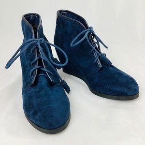 Madden Girl Blue Dallyy Wedge Bootie 8.5 Like New